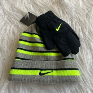 Boy's Nike Hat and Glove Set